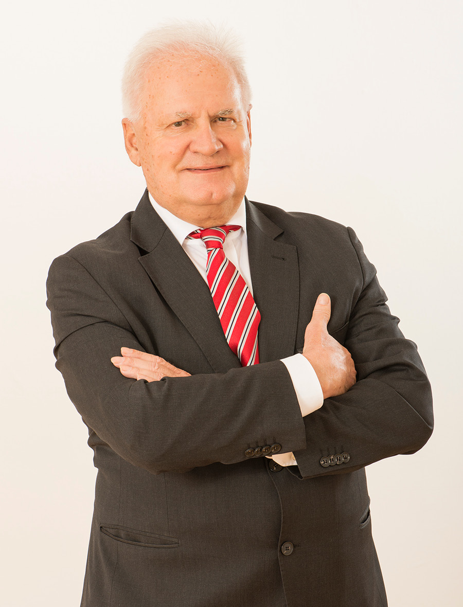 Dr. Ewald Grünzweig